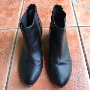 Dr. Scholl's Shoes - Dr. Scholl's Tumble Black Ankle Chelsea Boot 9.5